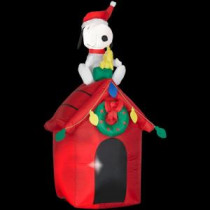 4 ft. Inflatable Snoopy on Doghouse with Woodstock